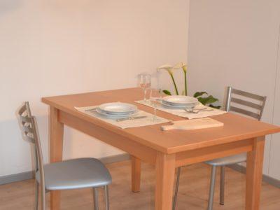 tavolo primula in faggio