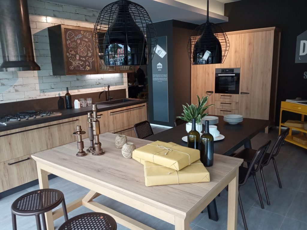 Mobilificio carli mobili cucine e arredamento a trento for Arredamento trento